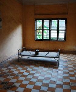 Tuol Sleng - Torture Room - Image credit: Mendhak cc|flickr